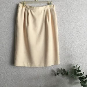No brand label vintage yellow skirt